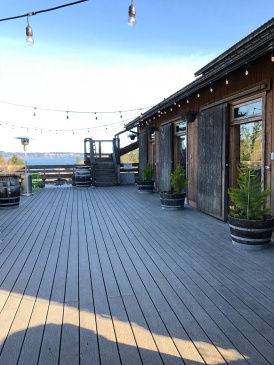 Lovely patio overlooking the vineyards