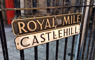 The Royal Mile and Castle Hill (Photo credit: K. Spoor)