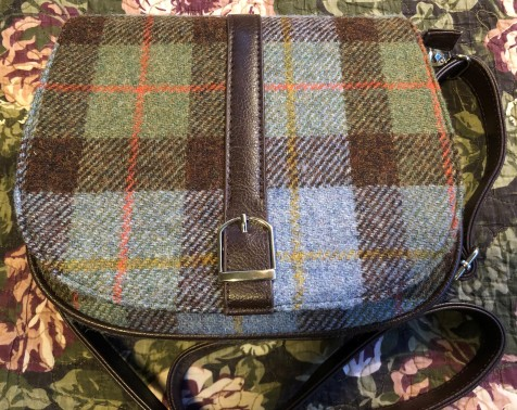 My lovely new Harris Tweed bag, found at the Glasgow Airport