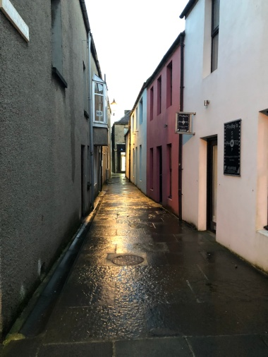 The charming alleys of Kirkwall