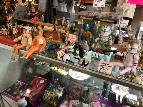 Star Wars figurines and more!