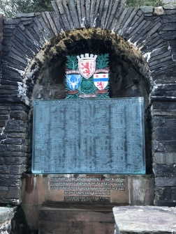 Clan MacRae war memorial and honor roll