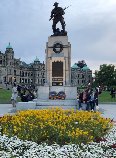 War monument in front of Parliament Building