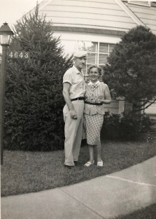 Stylin'! Grandma & Grandpa Smith. Man, could he wear a hat!