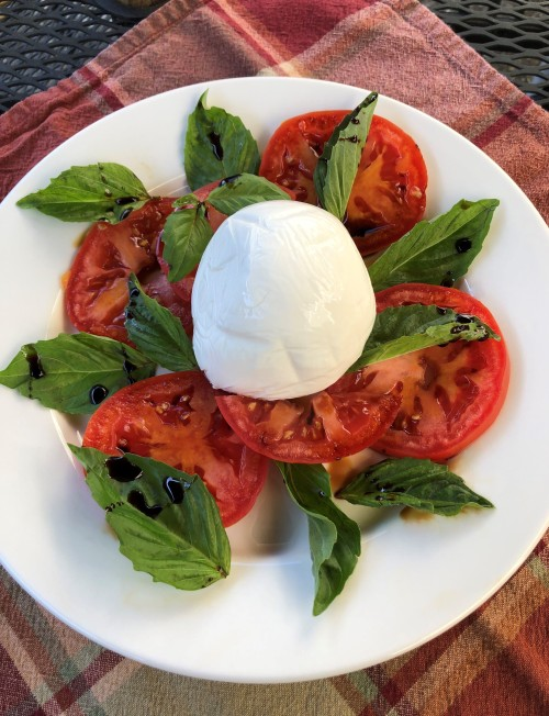 Tomatoes and Mozz