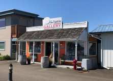 A charming little gallery PACKED with great art!